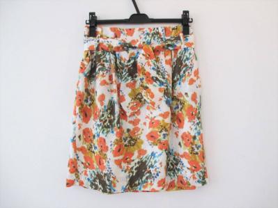 ■INED■明るい花柄スカート 9 イネド フランドル