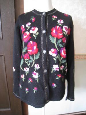 エルミダお花の編み込み柄が人目を引く素敵なカーディガン 格安出品7
