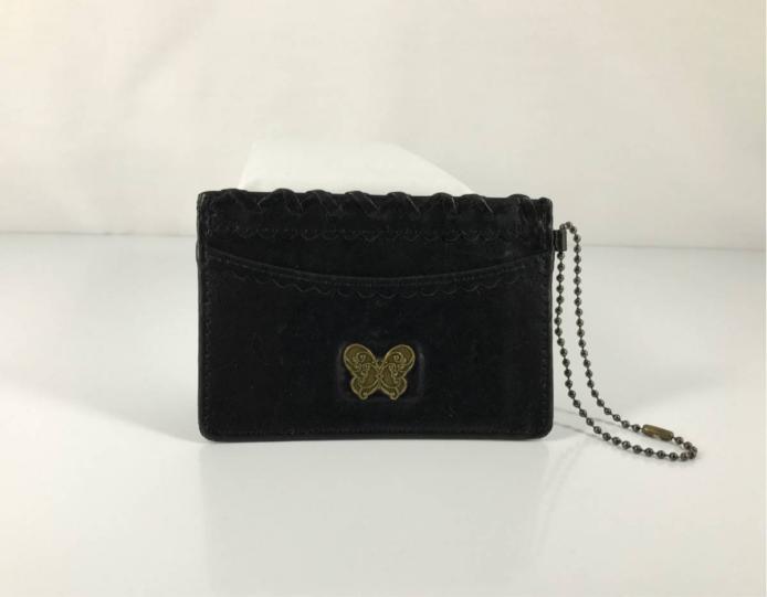 ANNA SUI アナスイ 上品で可愛い ロゴ蝶 レザー チェーンストラップ付き 定期入れ & パス