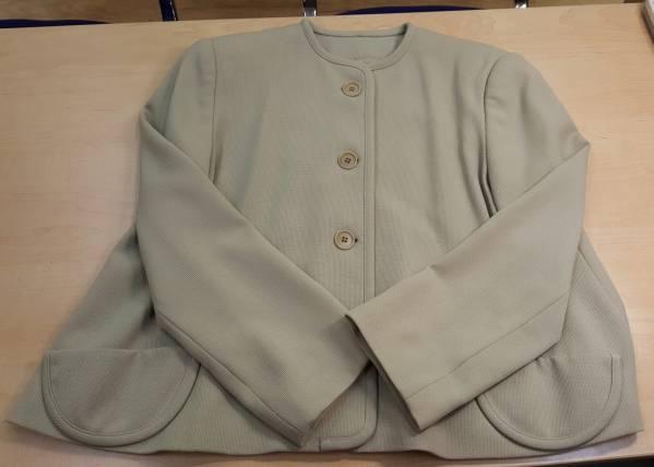 エンポリオアルマーニ レディースジャケット